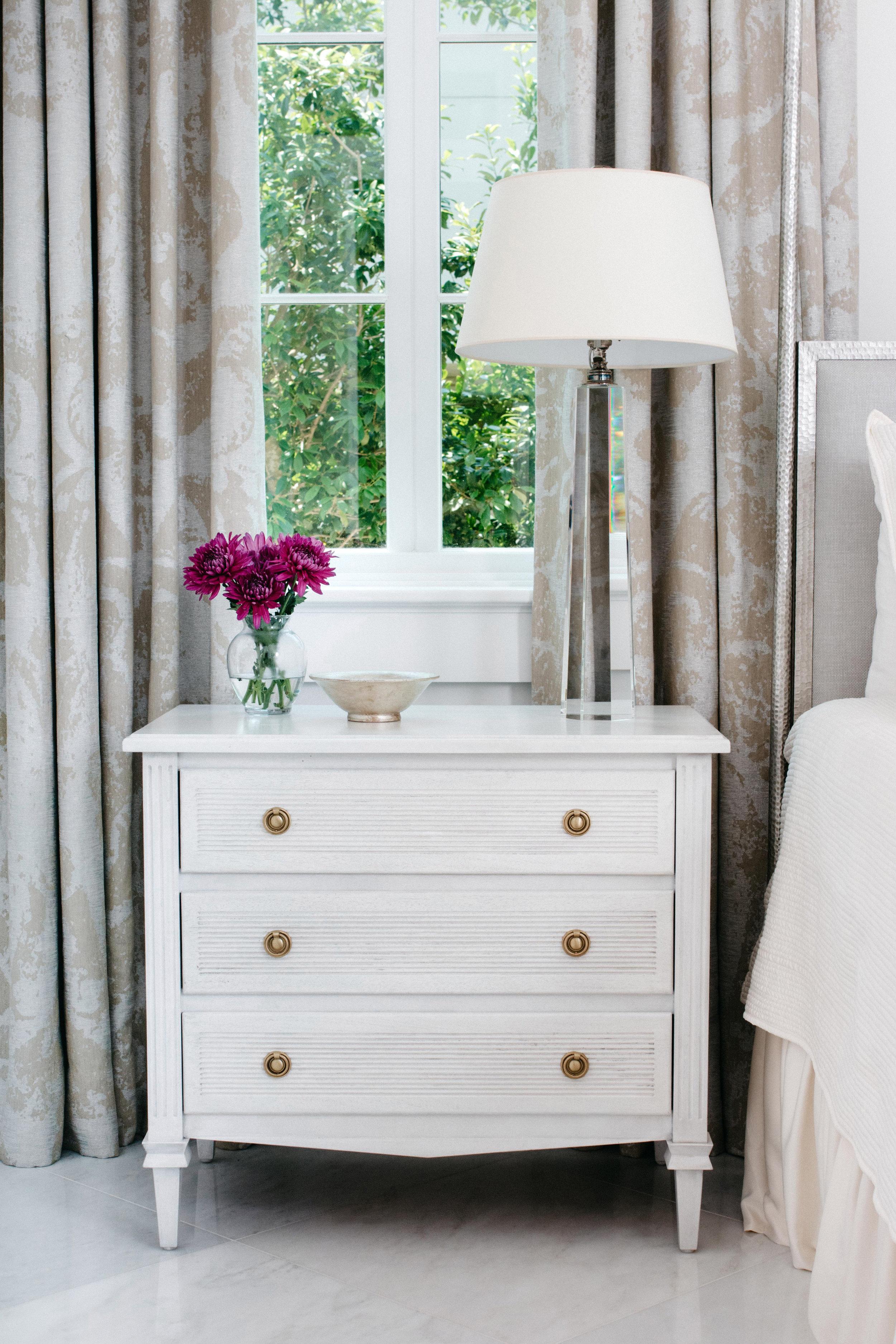 Ave-Home-Liam-Dresser