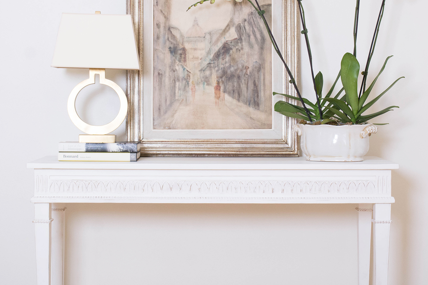 AveHome-LillyConsole-2.jpg