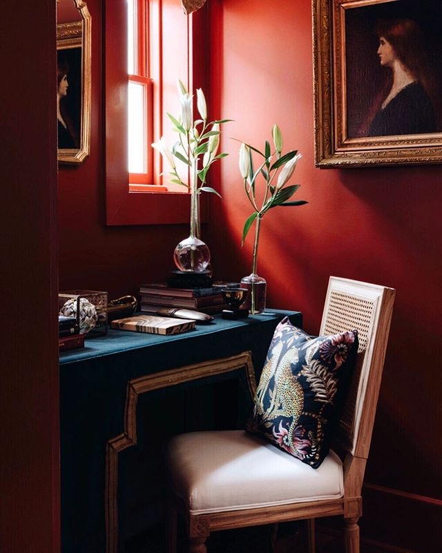 Happy 4th of July! 🇺🇸 We're celebrating with this red and blue scene by @lilybrowninteriors featuring our Bienville Chair with Cane. Shop at AveHome.com now through July 15th and take 25% off sitewide ❤️💙❤️