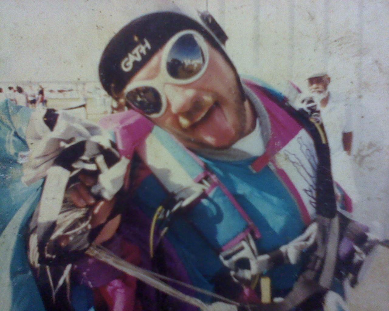 RobertSkydiving.jpg