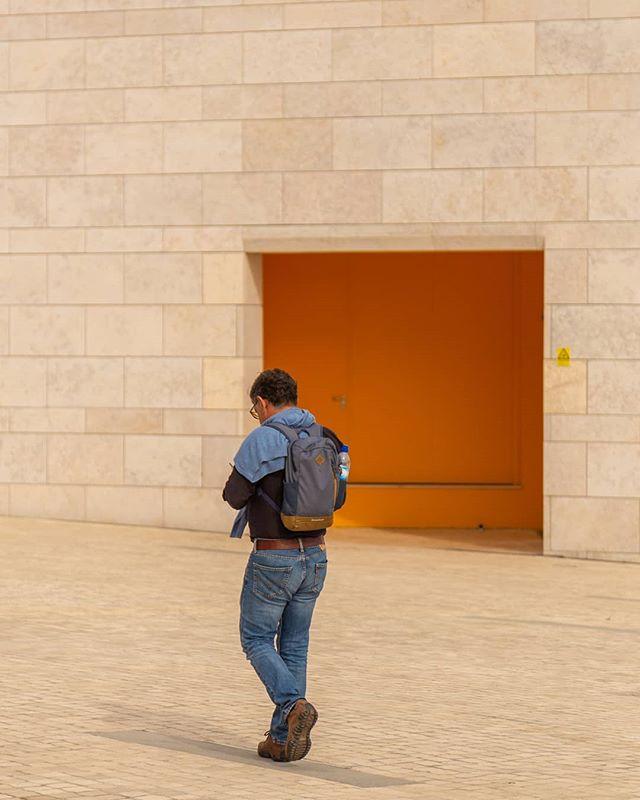 • O B L I V I O U S • / / / #orange #warmthoughts #warmgrade #marble #lisbon #architecture #minimalmag #minimalphotography #minimal #colour #lonelyfigure #shadows