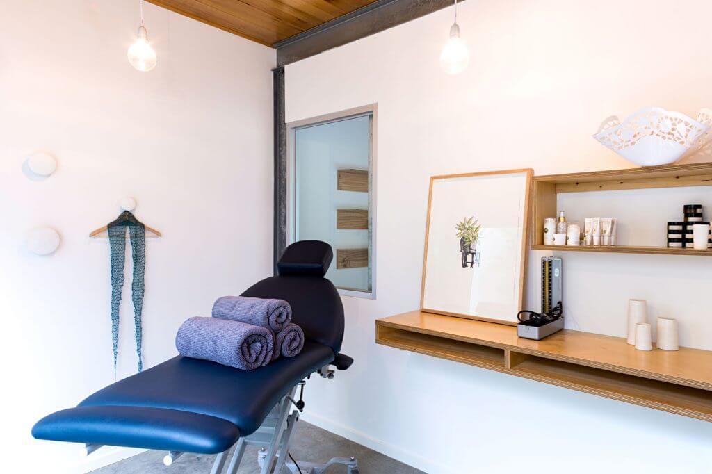 treatment-room-02-72-1024x682.jpg