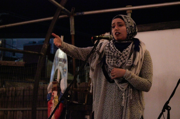 Noor Wadi performed her powerful poetry to the Venus crowd. Photo by Kassidy Curry.