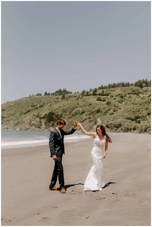 Klamath River Northern California Wedding - Oceana and Kenton - Jessica Heron Images 023.jpg