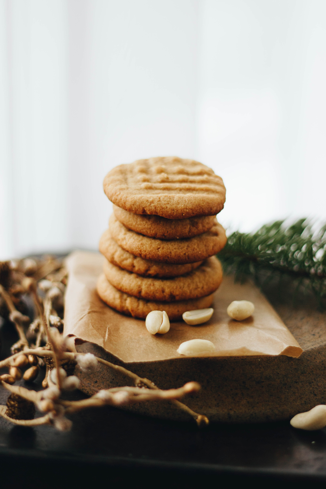 Sweet Sweet Holiday Treats: Flourless Peanut Butter Coookies