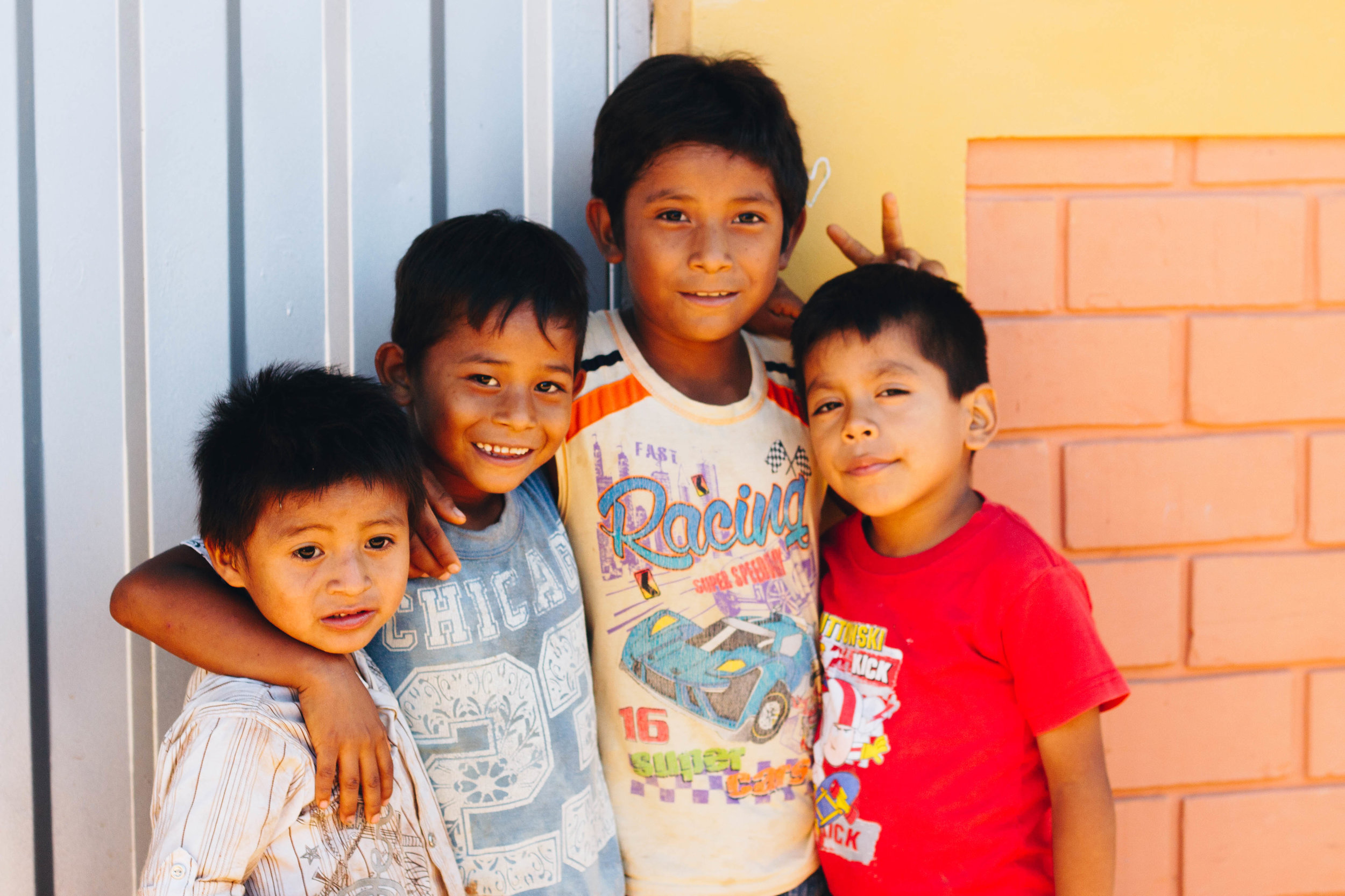 children-pucallpa-peru-foundation-pure-art