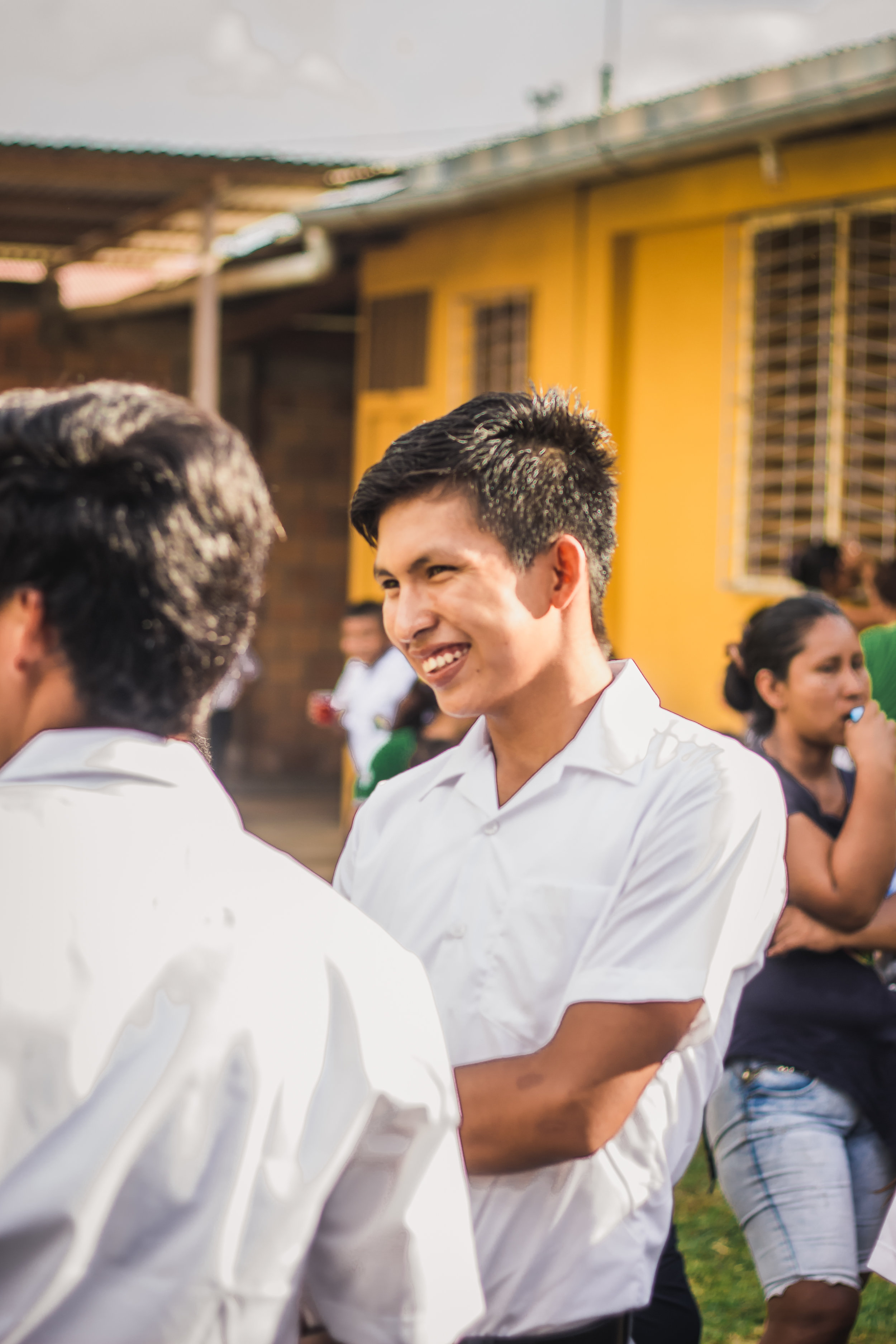 pucallpa-life-travel-photography-peru-pure-art-foundation-education-one-school-for-all