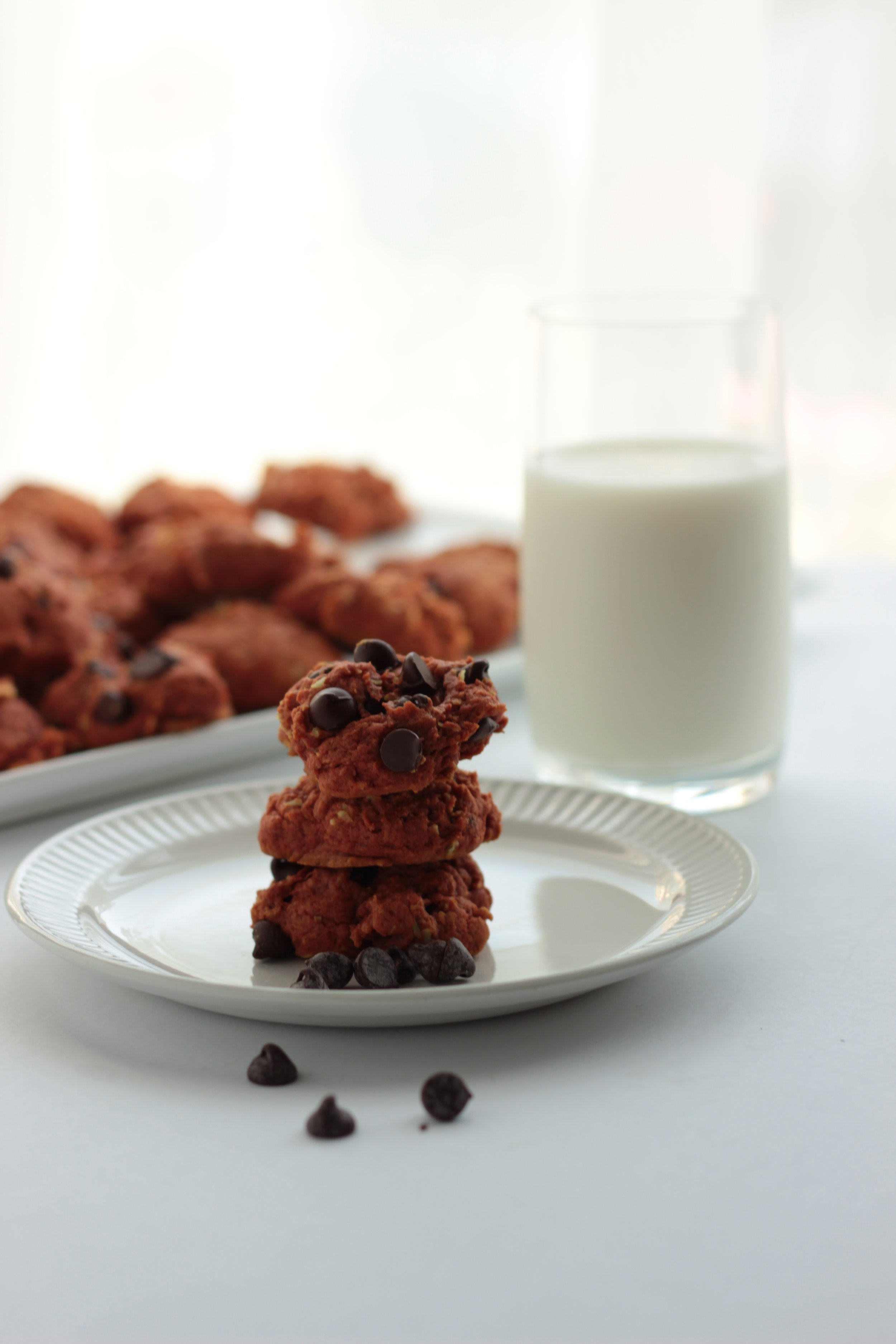 Stacking cookies up is always a great styling tip, but that alone was not enough to make these cookies look scrumptious.