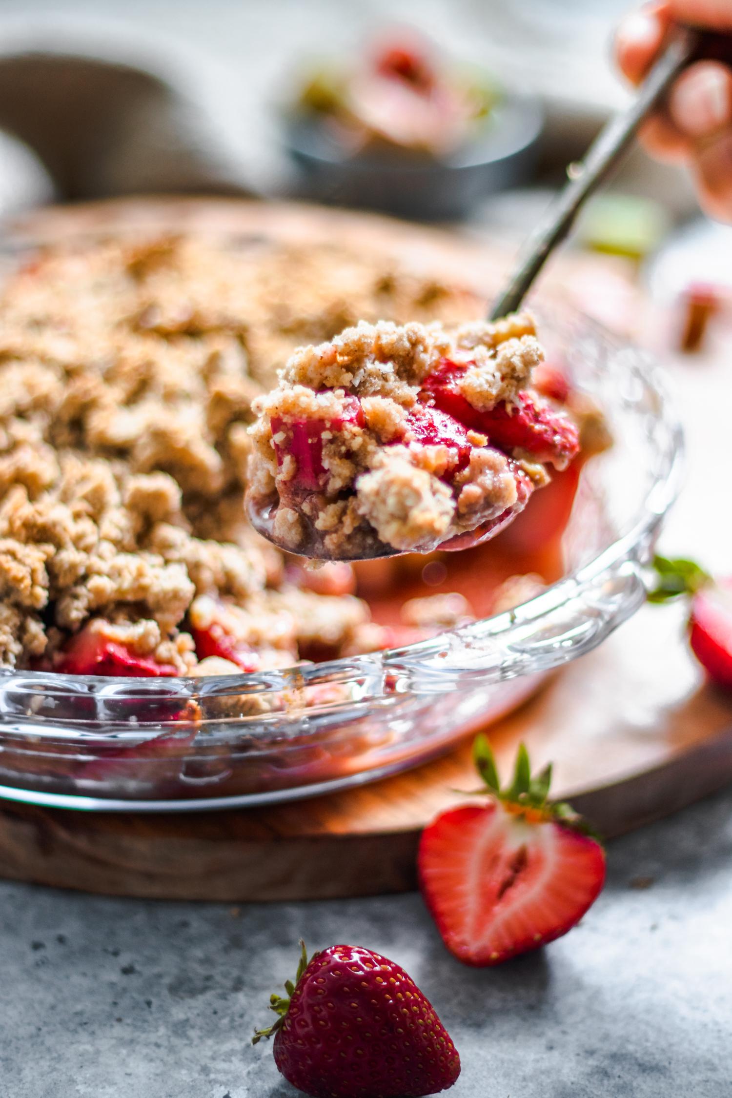 Strawberry Rhubarb Crisp (Grain Free & Oil Free)