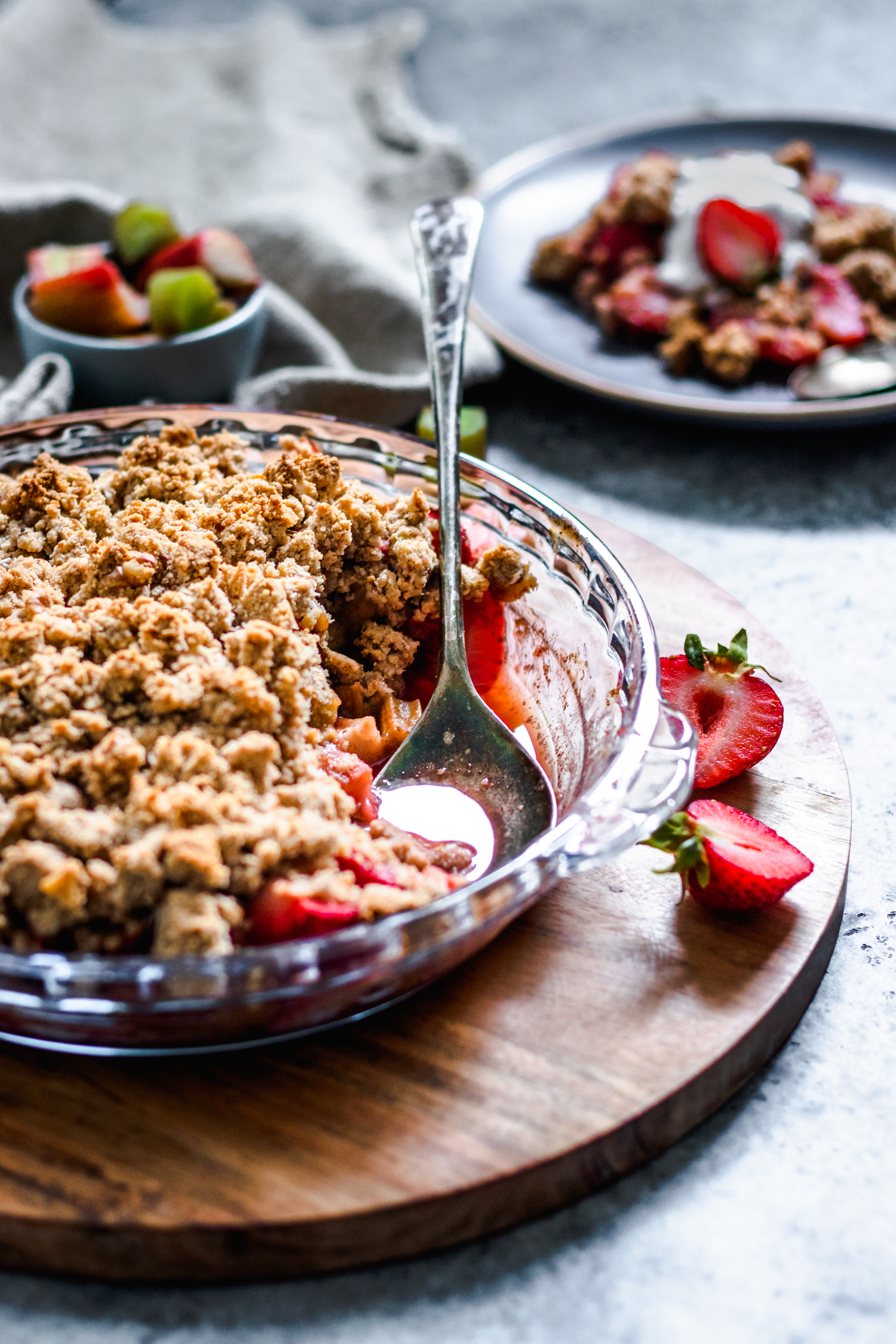 Strawberry Rhubarb Crisp (Grain Free & Oil Free)