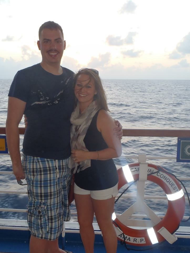 Aww, on a cruise, pre babies.