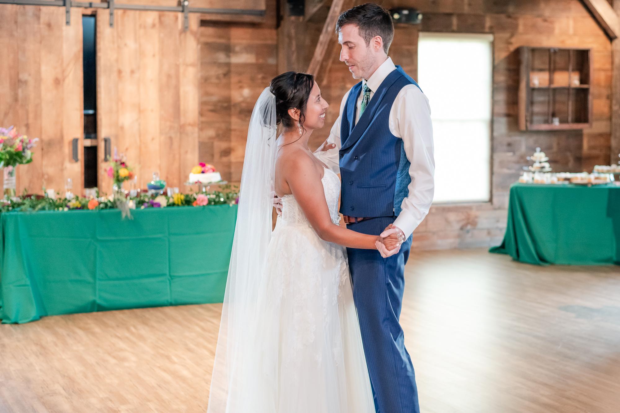 Maria+Adam_Summer Barn Wedding_The Barn at The North Star Preserve_Oberlin_Ohio-189.jpg