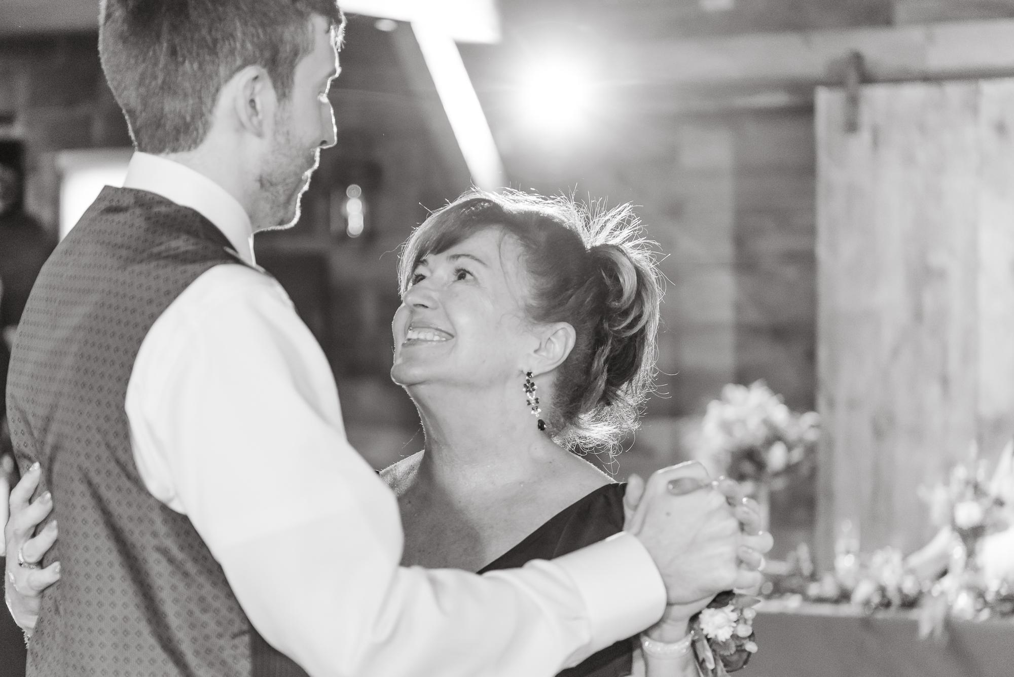 Maria+Adam_Summer Barn Wedding_The Barn at The North Star Preserve_Oberlin_Ohio-200.jpg