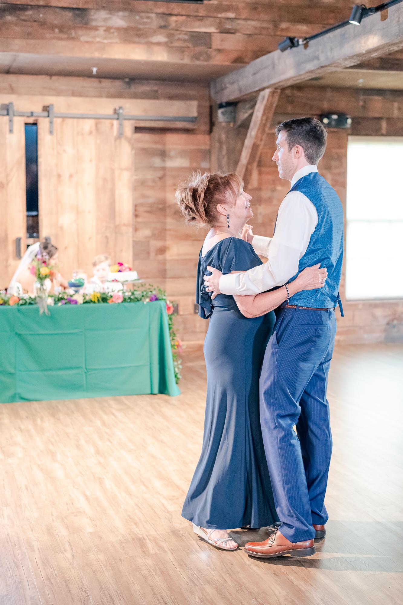 Maria+Adam_Summer Barn Wedding_The Barn at The North Star Preserve_Oberlin_Ohio-201.jpg