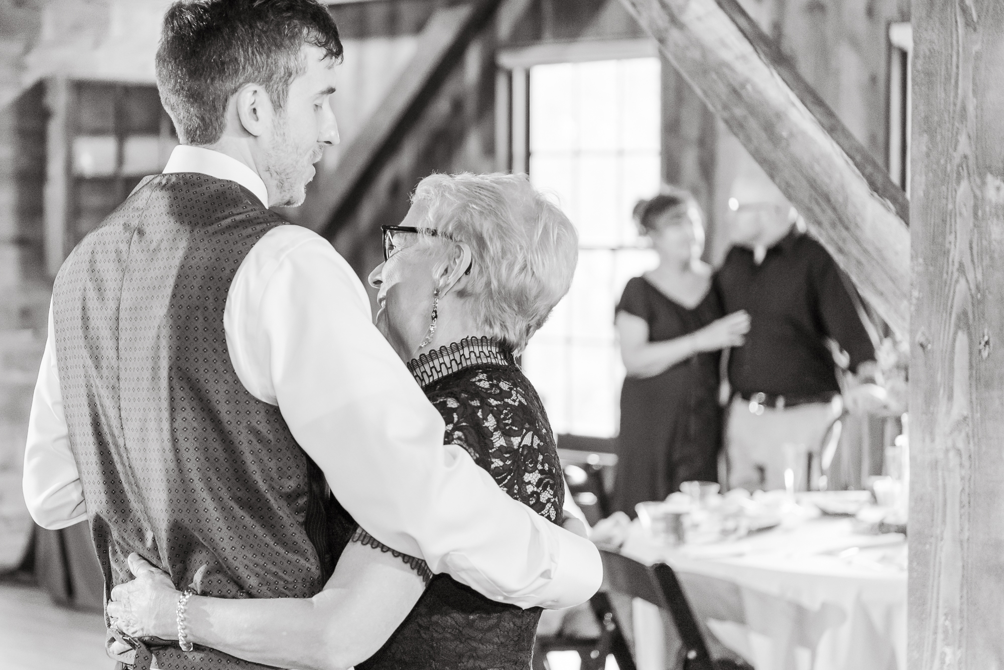 Maria+Adam_Summer Barn Wedding_The Barn at The North Star Preserve_Oberlin_Ohio-202.jpg