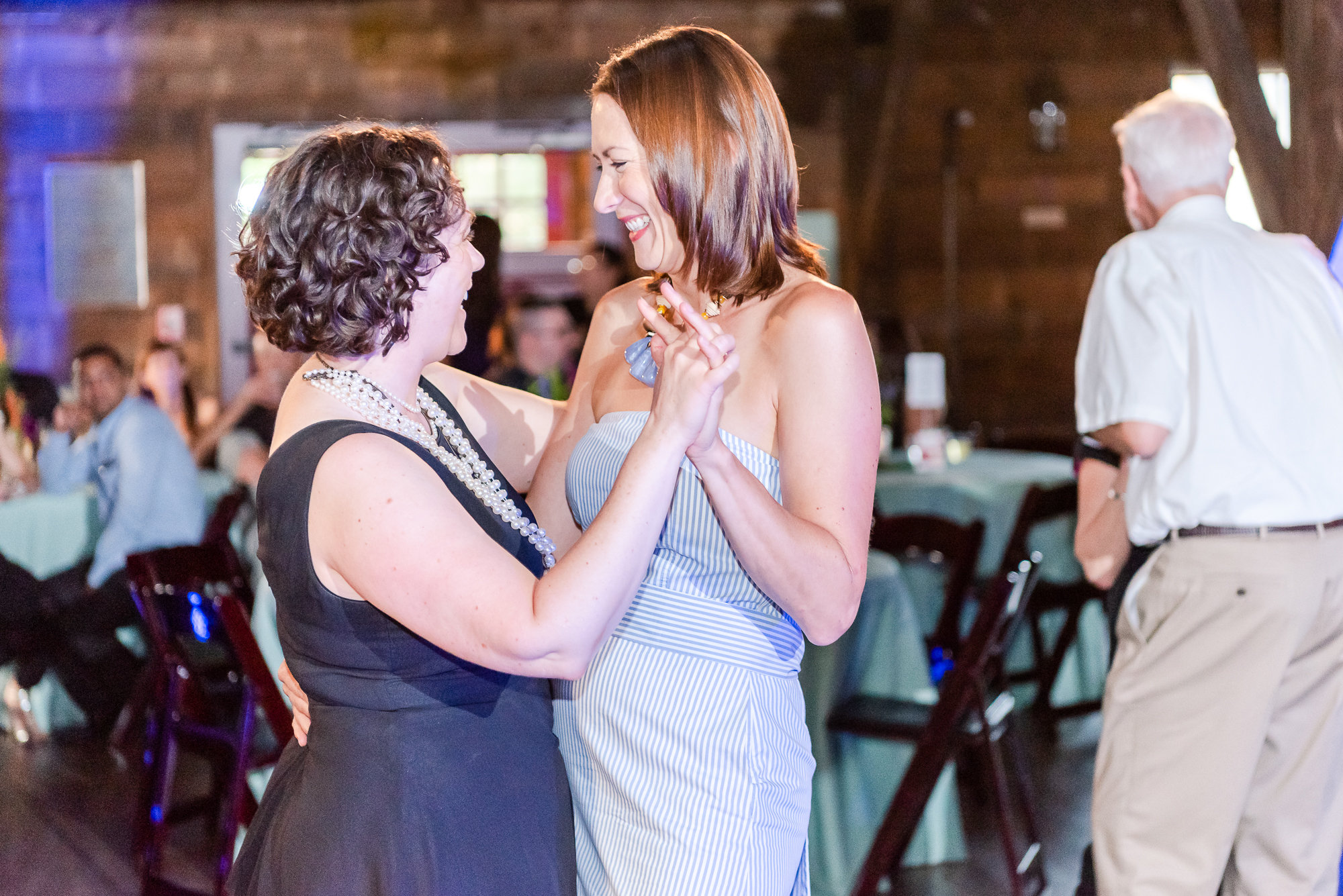 Maria+Adam_Summer Barn Wedding_The Barn at The North Star Preserve_Oberlin_Ohio-211.jpg