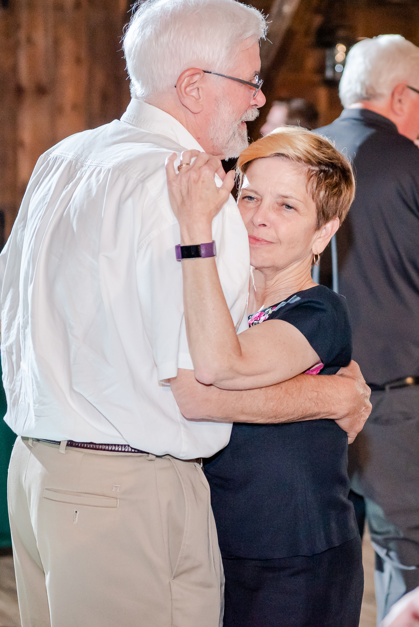 Maria+Adam_Summer Barn Wedding_The Barn at The North Star Preserve_Oberlin_Ohio-224.jpg