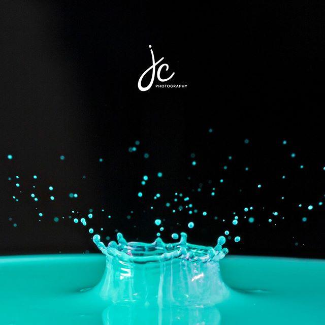So.much.fun. #waterdrops #macrobubbles #macrosoap #illinoisphotographer #floridaphotographer