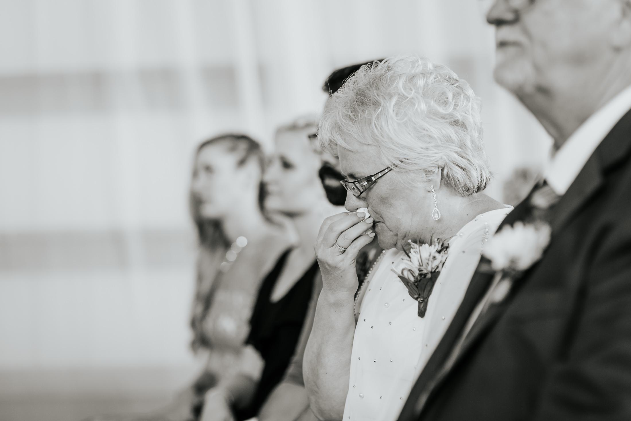 kevin&lori_wedding_045.jpg