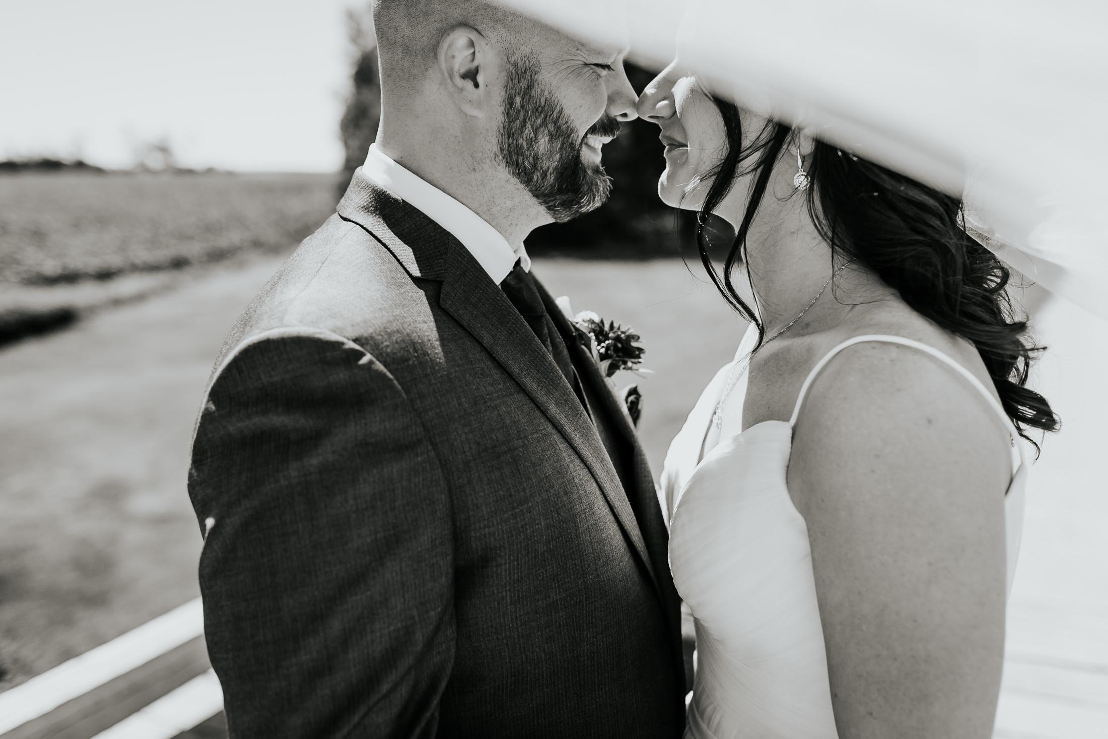 kevin&lori_wedding_010.jpg