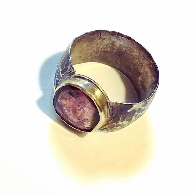The ring from the ruins of byzantine empire. I think if I ever went to a dig, I would dig out this one and then put it in my pocket and walk away... no I will never do that , I ll just go to my studio and create. #trofiware #ring #goldring #silverring #art #artjewelry #tourmaline #handmade #byzantineempire #antiquity #oldlooking #beauty #oneofakind