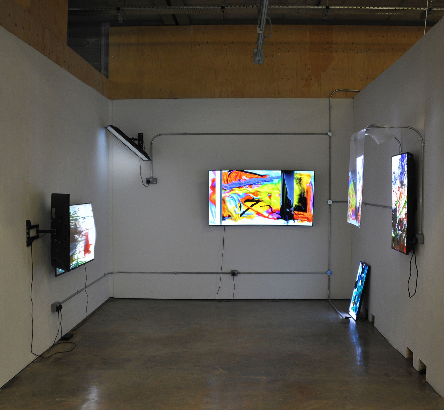 Screen Network Installation, 2018