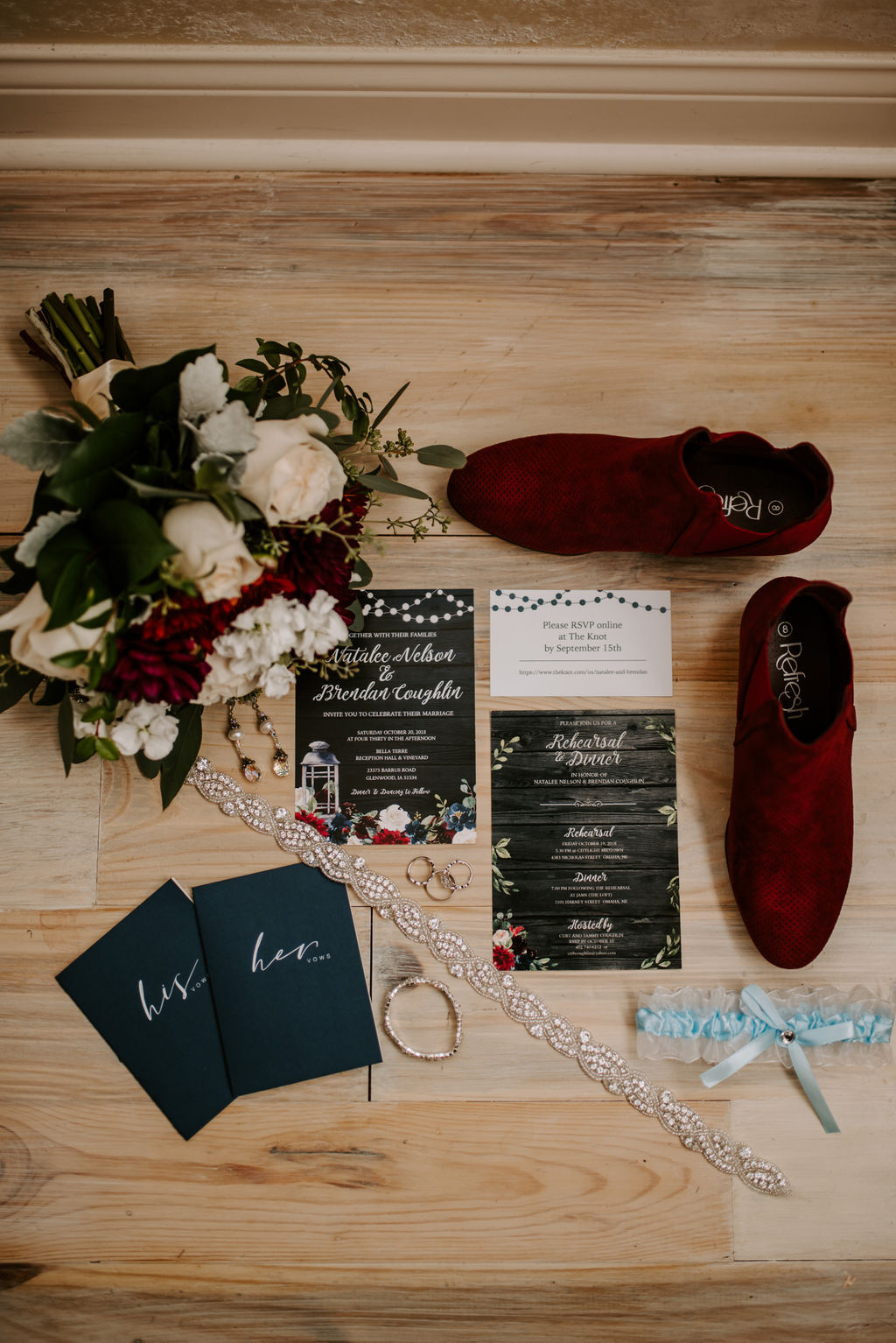 Here are the 4 Dos and Don'ts to start Wedding Planning -
