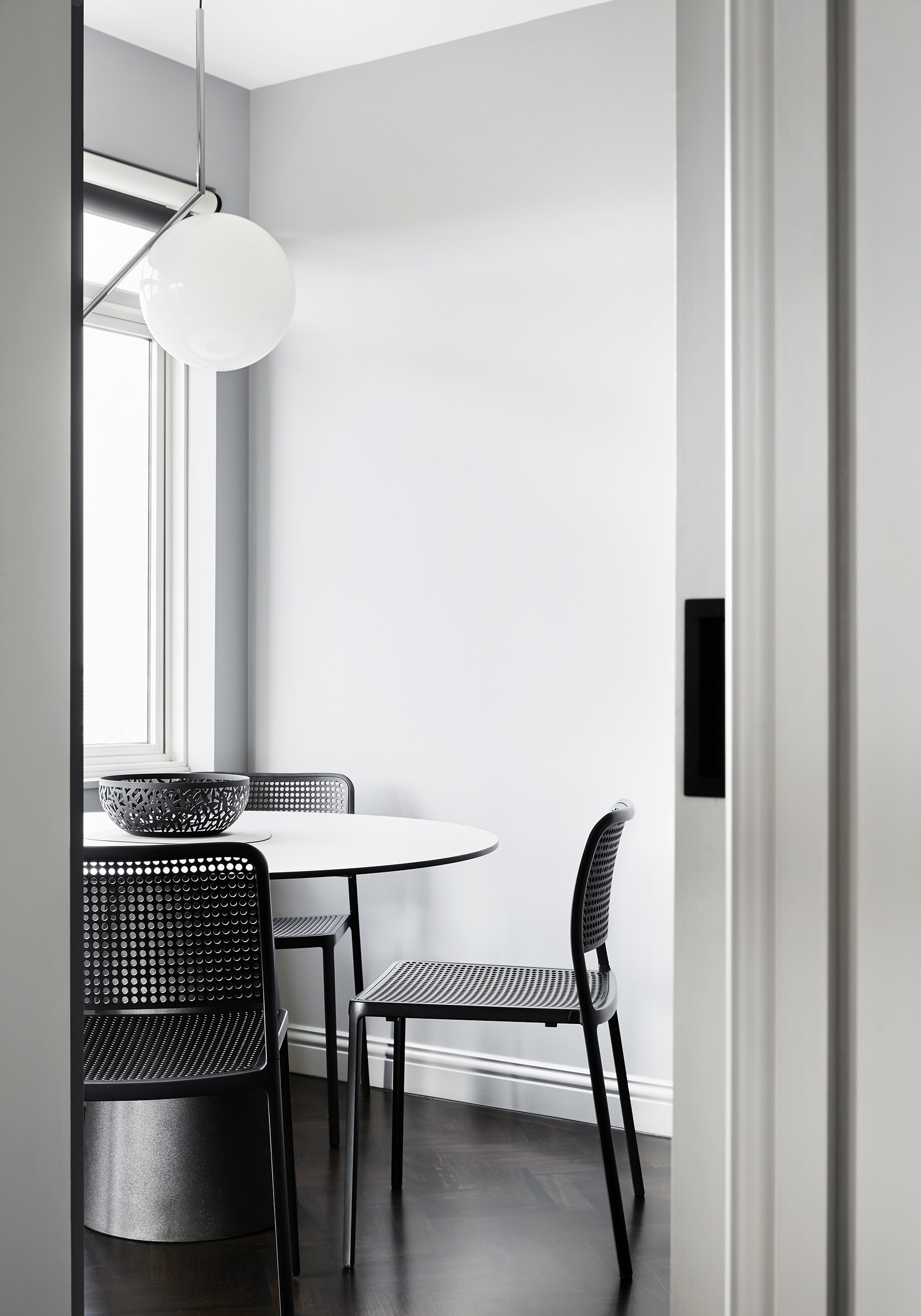 Winter Architecture_Apartment 1405_Photography by Tess Kelly_02.jpg