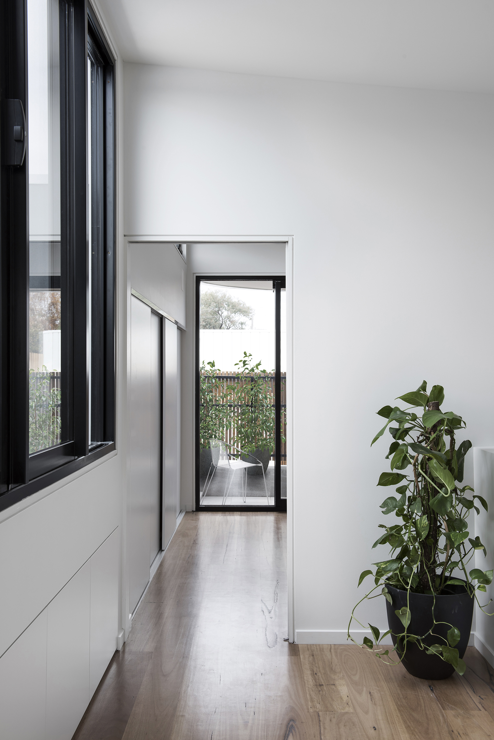 Winter Architecture_Port Melbourne House_Photography by Nicole England_09.jpg