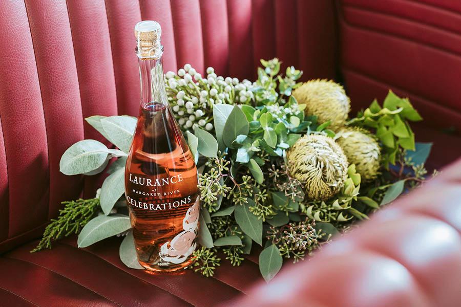 LoveCarAustralia_Services_Extras_Wine_Flowers.jpg