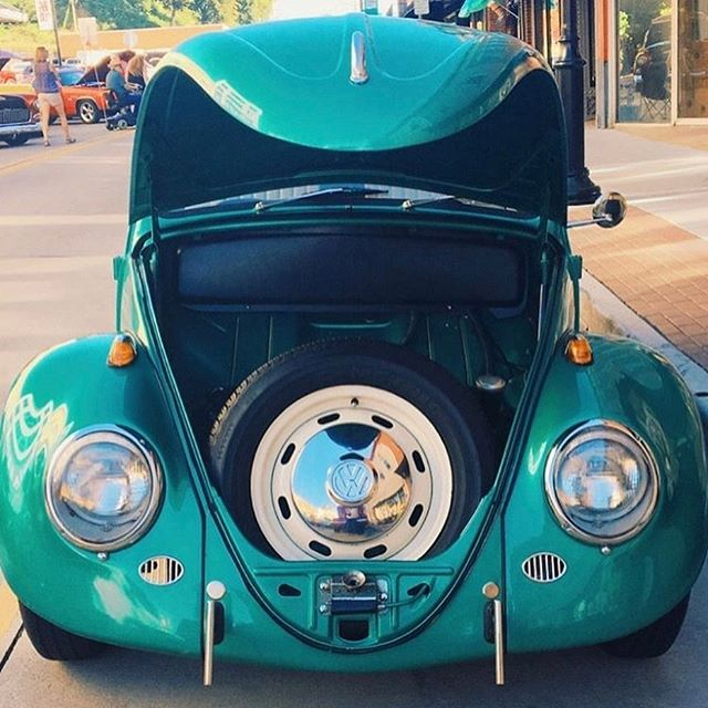 What's under your bonnet? . . 📷 @voslife_ 📷 @lovecaraustralia . . #everythingisbetterwithmusic #musicmemories #beats #dance #lovecar #lovecarperth #music #vwbeetle #lovebug #uniquegift #uniquegiftexperience #uniquegiftideas #giftideas #giftideasperth #spreadthelove #showyoucare #connectingpeople #powerofmusic #bringingbackthelove #partyonwheels #perthevents #vwlovers #vwbeetle #classicvw #vintage #vintagecar #vintageclassics #vintagevw #vdub #aircooled