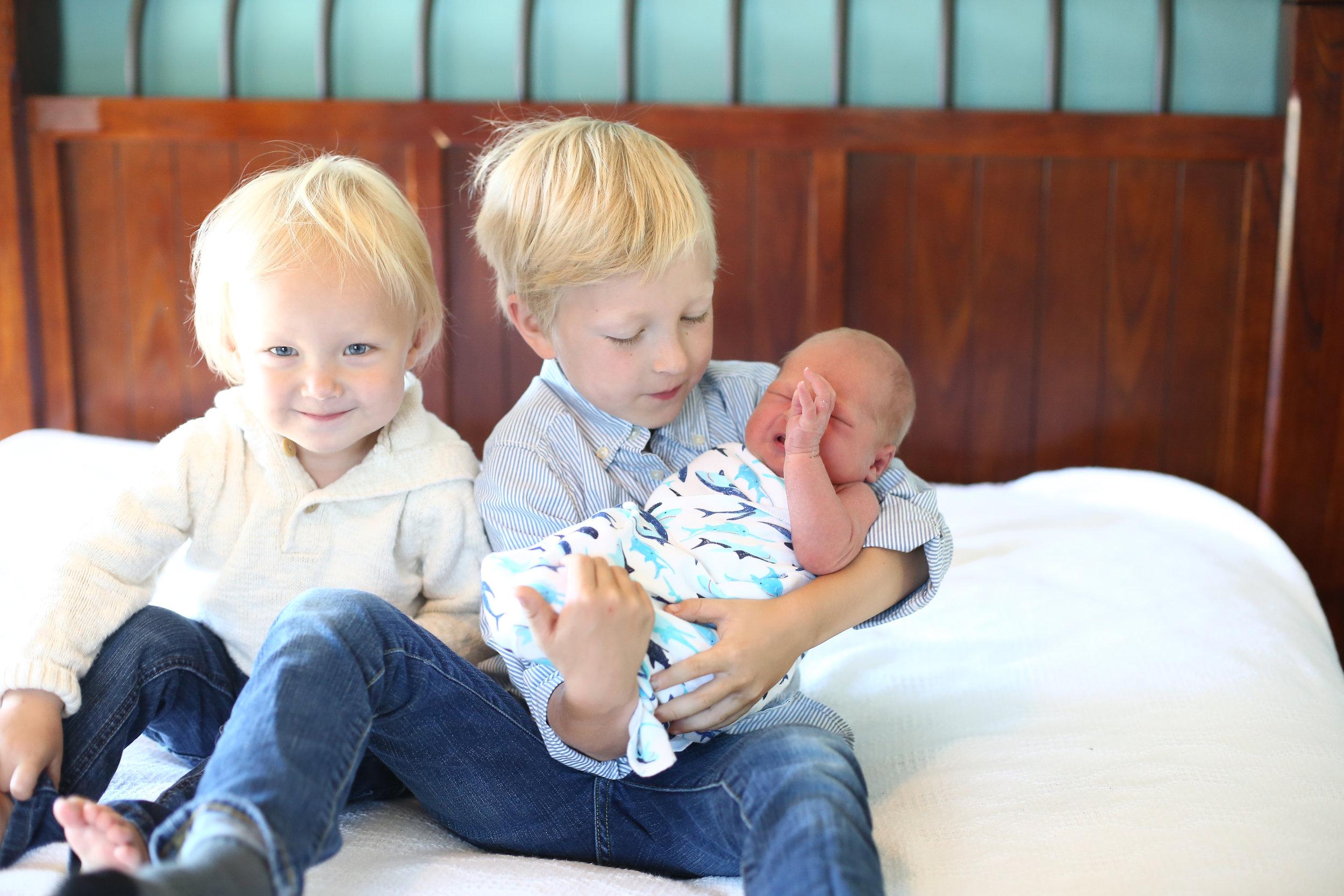 boys and new born pics Nadia 002.jpg