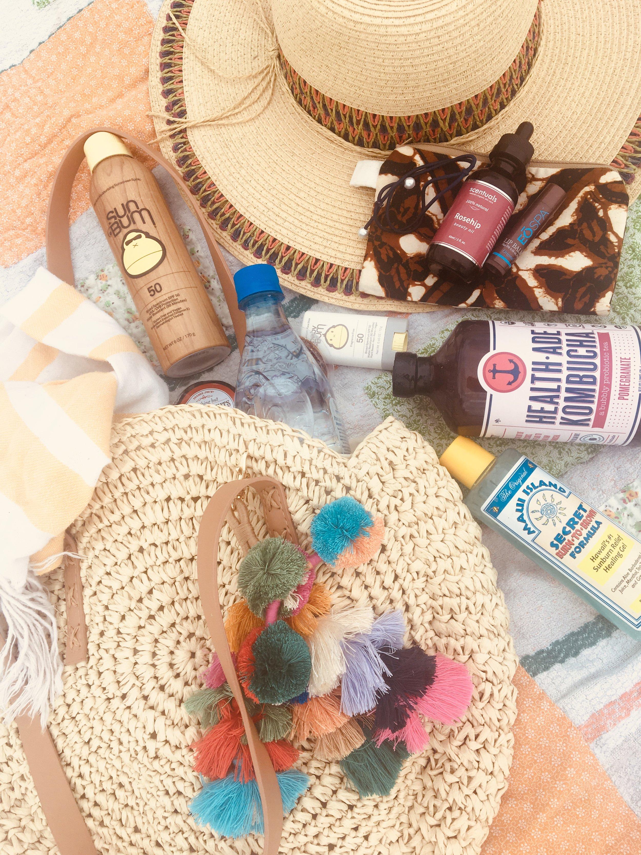 beach bag must haves .jpg