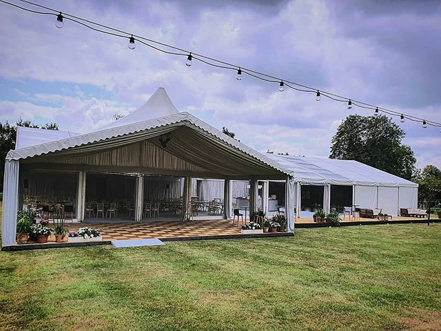 Our cassette decking making this entrance porch that little bit more👌. #designcreatebuild #boxfresh #weddingmarquee #summer #eventprofs #andanotherone