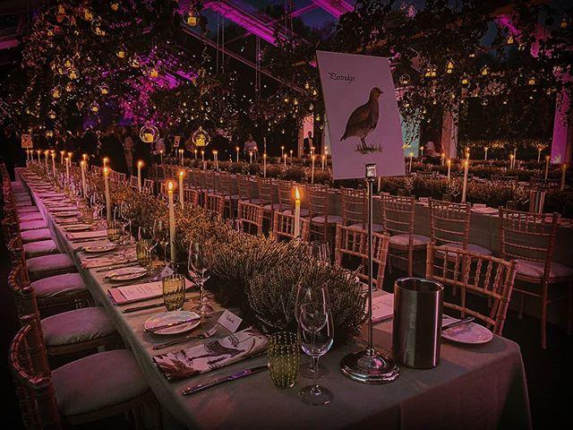 Thanks @hibiscusfood  for send this pic over of last night's wedding. #eventprofs #autumnwedding  #boxfresh #marqueewedding #pleasureasalways #designcreatebuild