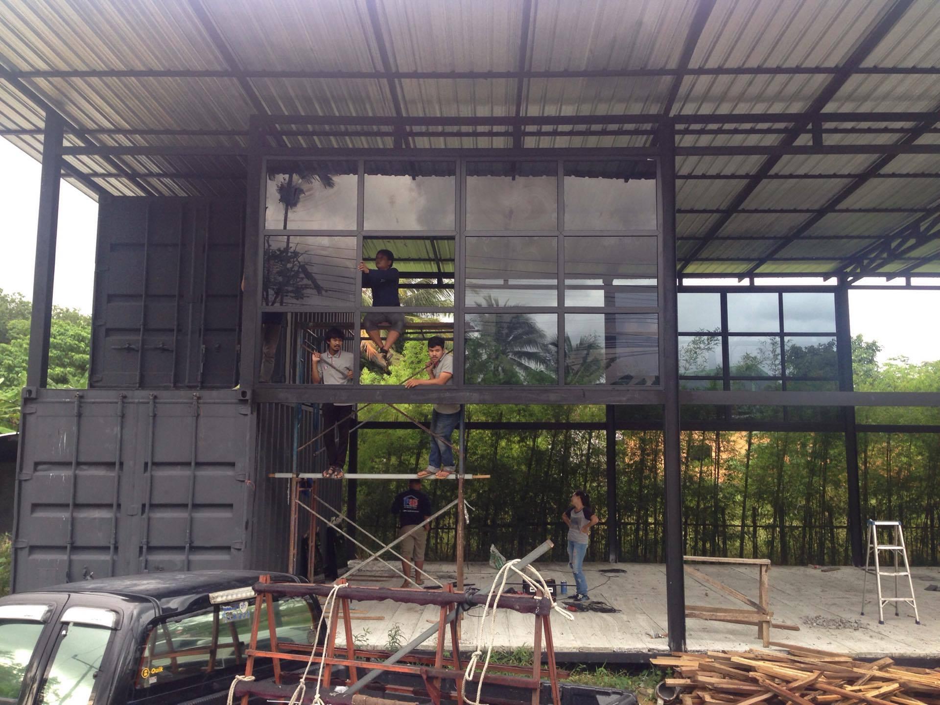 H3 Digital Office Phuket - Windows