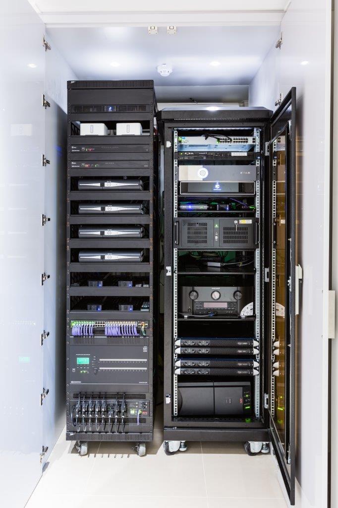 Home Cinema Equipment Rack - IMAX