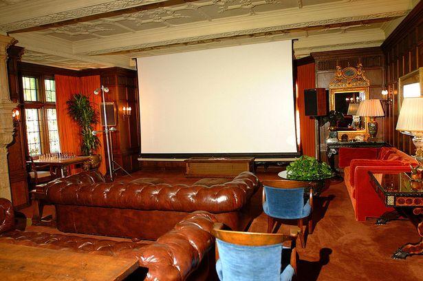 Home Cinema Playboy Mansion