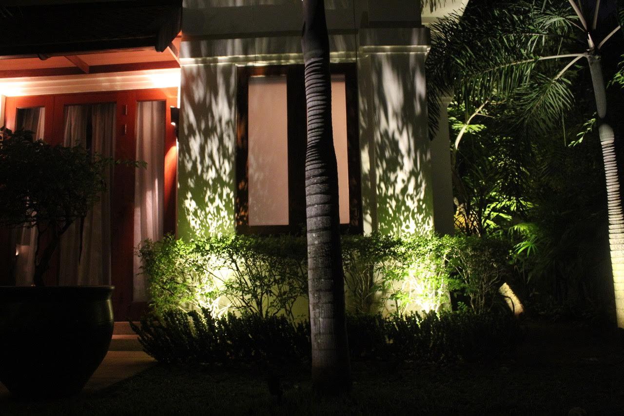 12v outdoor highlight.jpg