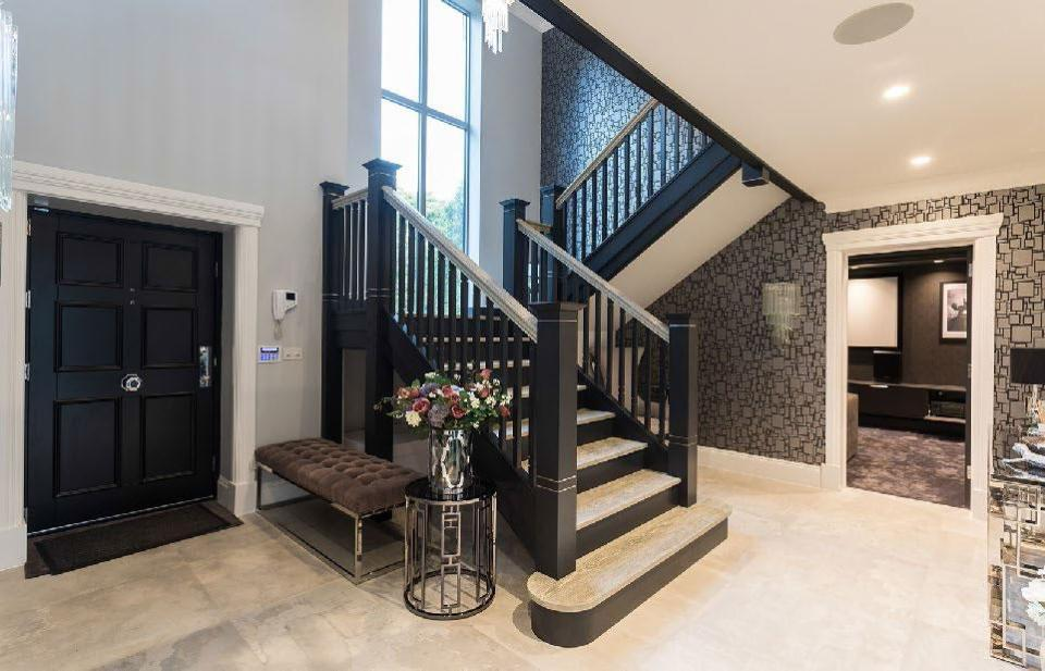 In-Ceiling Speakers provide music in the entrance to Jordan Pickford's new home