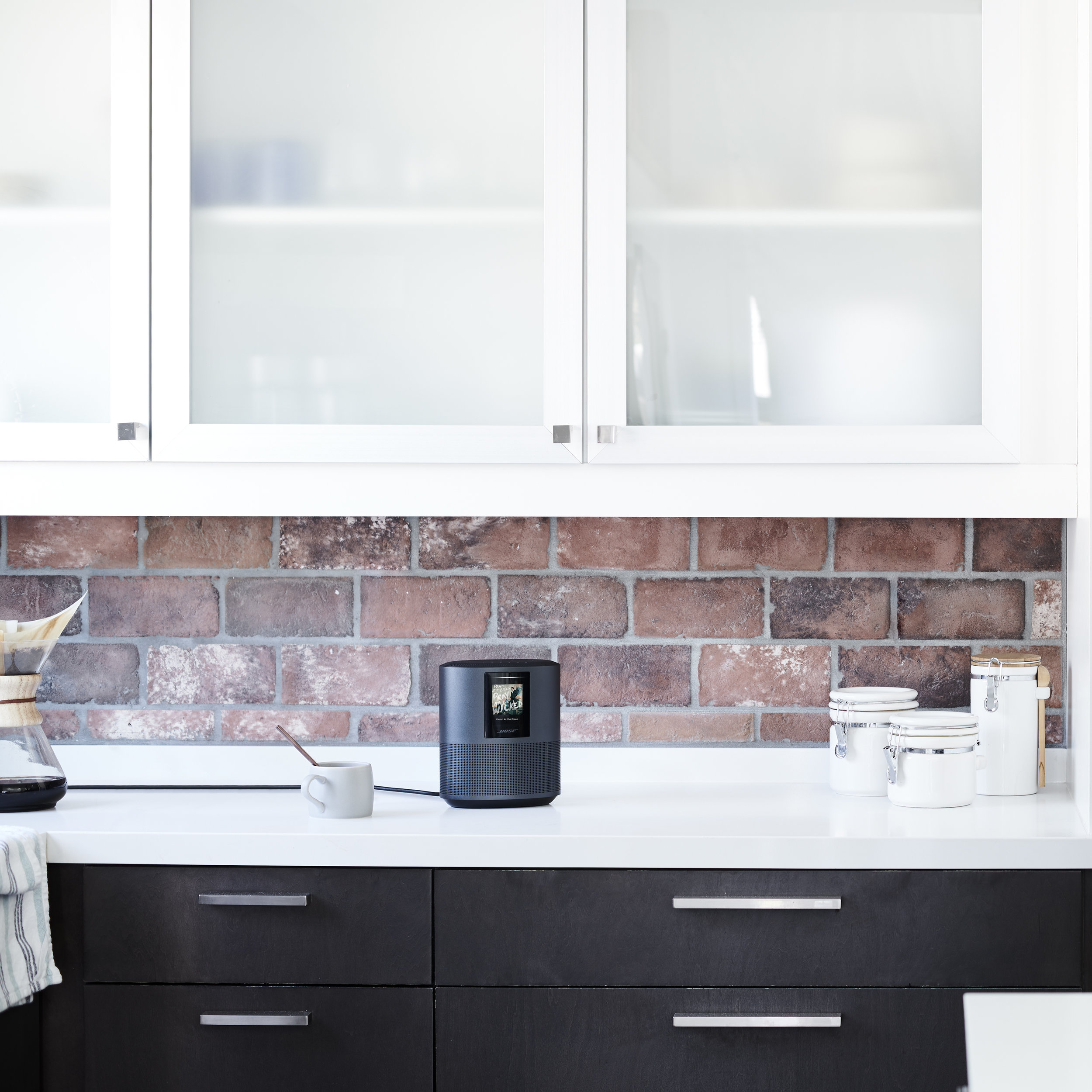 Bose Home Speaker 500 in Black - The new speaker from Bose can be used for multi room audio