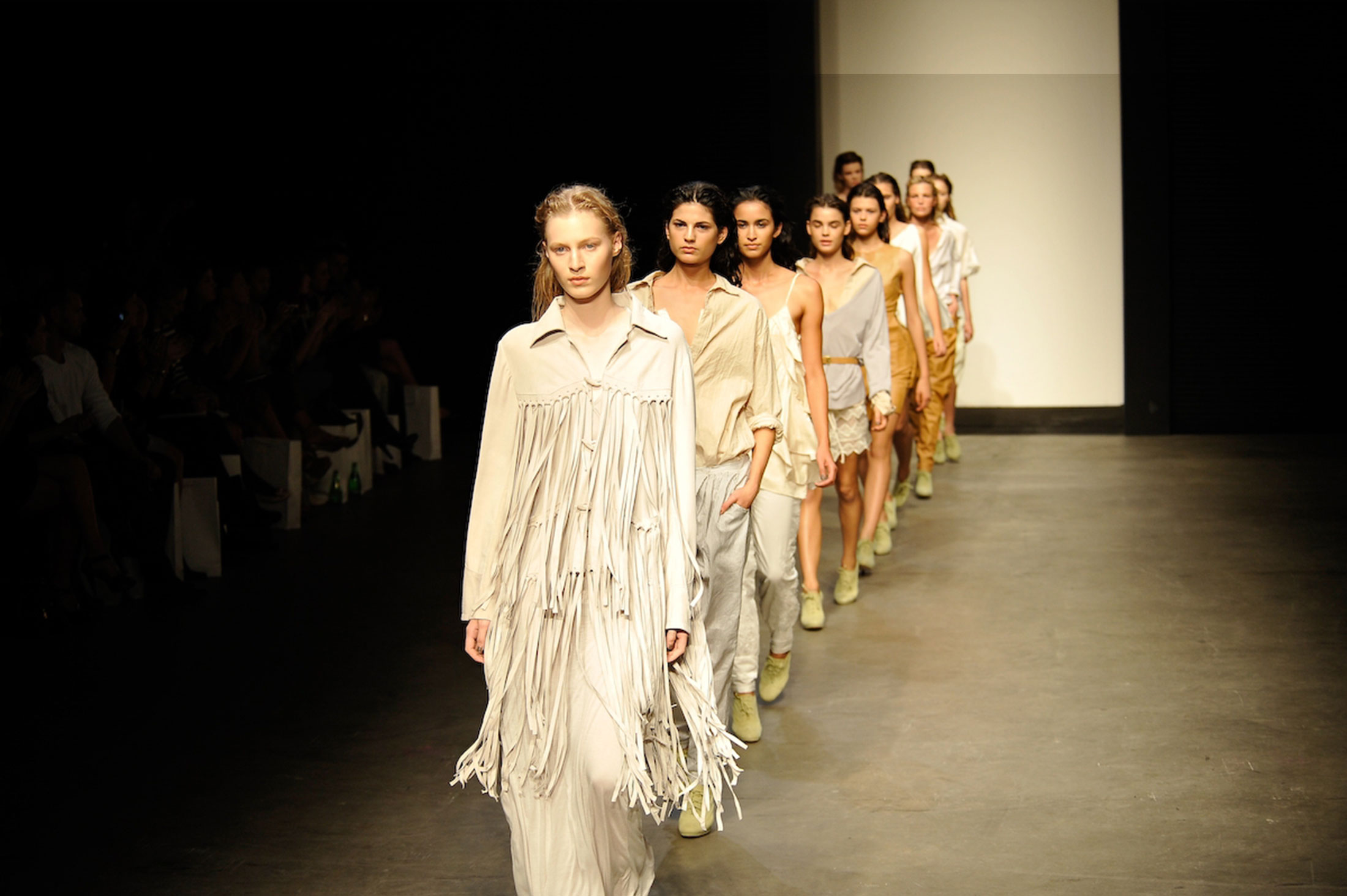 Cover_Australian_Fashion_2011_.jpg