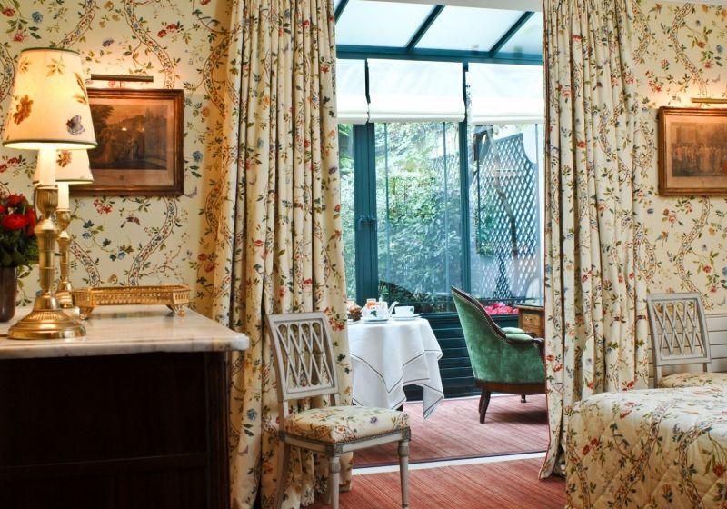 The_Ink_Collevtive_Inside_Ink_The_Daily_Grind_News_Pret-a-Partir_Hotel_de_L-Abbaye__3.jpg