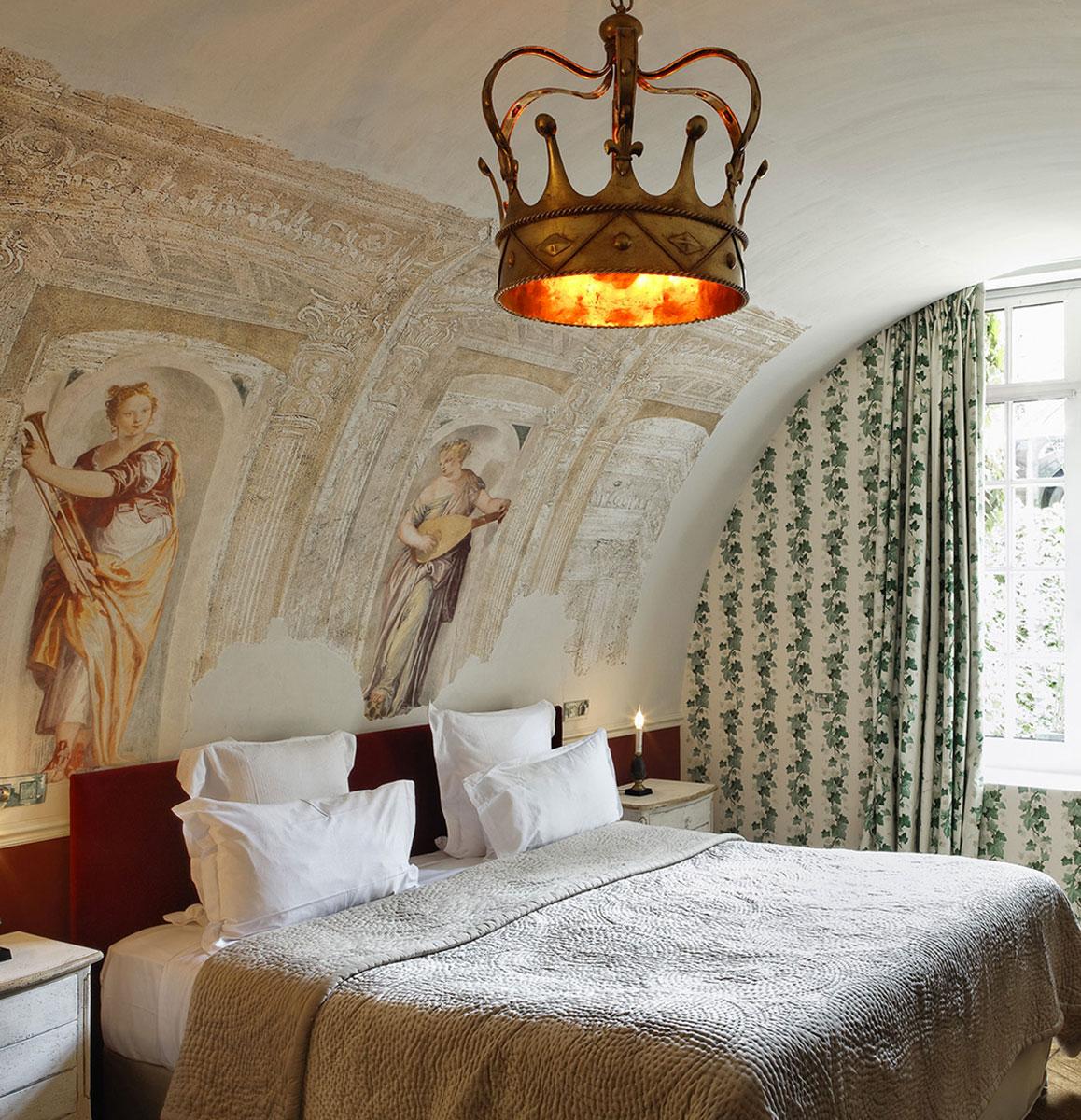 The_Ink_Collective_Inside_Ink_Pret_a_Partir_Stay_Paris_Hotel_saint-james-paris_4.jpg