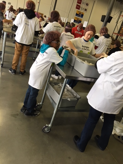 SH Kinship Volunteer Day e 1_15_18.JPG