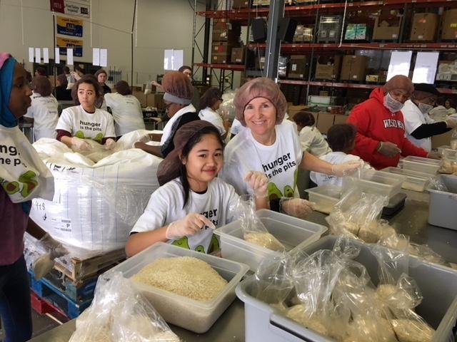 SH Kinship Volunteer Day g 1_15_18.JPG