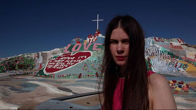 Take me baaaack sb pls host me & oOoOO in LA/Joshua Tree we're in serious need of pupusas
