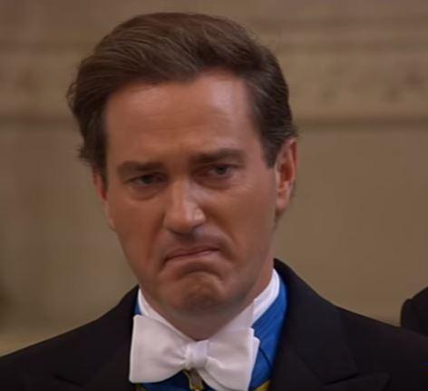 Als Chris seine geliebte Madeleine das erste Mal im Brautkleid sieht, ist er ganz gerührt   Foto: Screenshot Hochzeit