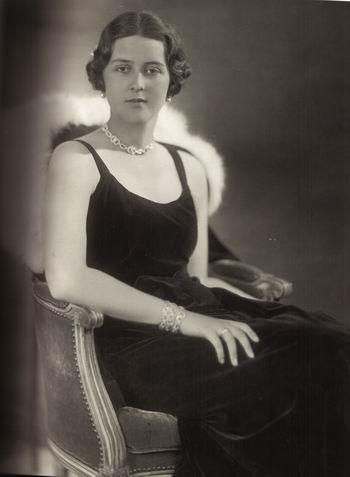 Die ältere Schwester von Prinz Philip hasste das Fliegen und zog sich zu jedem Flug schwarz an. Foto: Gemeinfrei