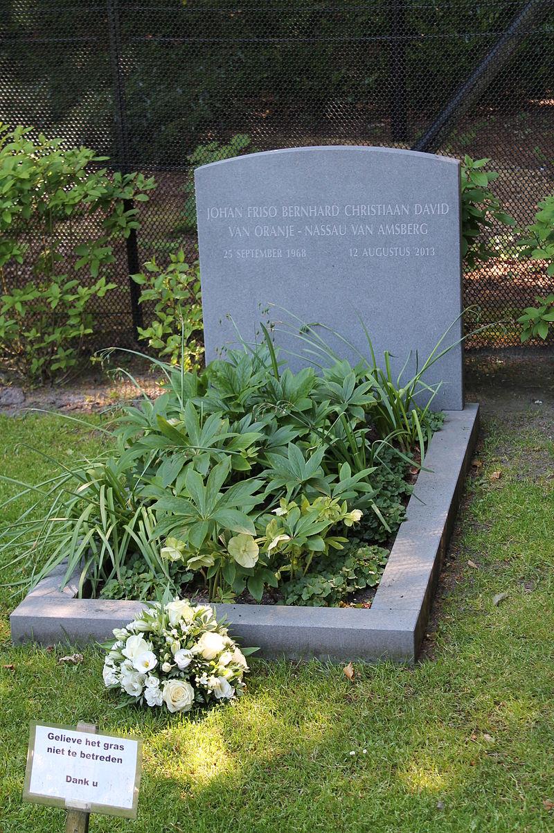 Friso ist auf dem Friedhof in Lage Vuursche begraben  Foto:  MCvP  ,  CC-BY-SA 4.0